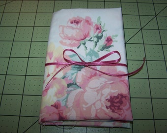 Vintage Sheet Fabric - Vintage Sheet Fat Quarter - Fat Quarter - Reclaimed Sheet Fabric - Pink Roses with Blue Ribbon
