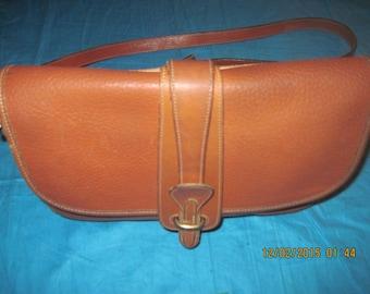 Vintage DOONEY & BOURKE All Weather leather  Crossbody bag