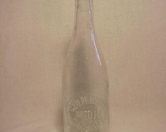 c1900 Geo. M. White Bottler Cairo, N.Y. , Clear Crown Top Beer Bottle