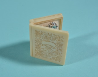 Vintage 1930s Mizpah Ring Box - Bible Book - Wedding Engagement 1940s