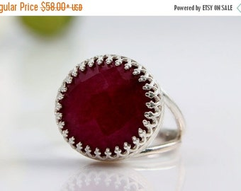 SUMMER SALE - Silver ring,Ruby ring,July birthstone ring,gemstone ring,vintage ring,bridal ring,ruby jewelry,fine jewelry