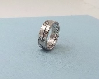 Silver coin ring washington quarter year 1945 size 8   90% fine silver jewelry