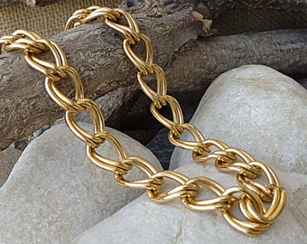 Gold Aluminum Necklace. Chunky Gold Necklace. Light Chain Necklace. Classic Necklace.Women Wide Necklace.Aluminum Chain chainmaille necklace