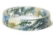 Bracelet -Real Dried Flower Jewelry-  Resin Bangle -Blue Flower Bracelet- -Blue Bracelet- -Resin Jewelry -Flower Jewelry
