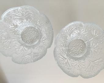 Two (2) Lasisepät Mantsälä / Dansk Designs Floriform Glass Candle Holders / Bowls Queen Anne's Lace 1970's