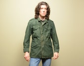 vintage 60s US Army field coat M-1951 M1951 army jacket olive green 107 distressed grunge military coat mens small S Vietnam Era