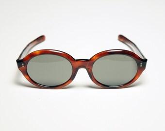vintage 60s sunglasses tortoiseshell mod sunglasses round oval 1960 hollywood amber brown tortoise shell Liberty Winsum