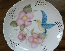 """Hand Painted Hummingbird with Wild Roses  8 1/2""""Plate"""