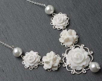 Bridal necklace, white wedding jewelry, flower necklace, white pearl and flower necklace, garden wedding, bridesmaid gift