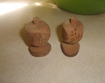 vintage salt pepper shakers set wood