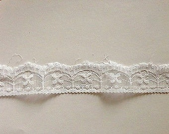 White Scallop Lace-25mm-3 YDS