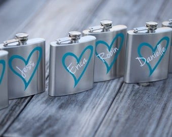 Bridesmaid gift flask, 6 oz, personalized flask. Bridesmaids gifts, bridesmaid gift, and Maid of honor gift idea. Custom design personalized