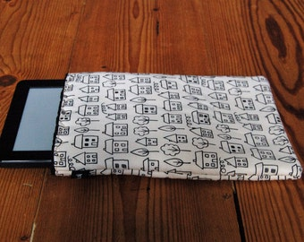 "Handmade Kindle 6"" or Paperwhite Cover Sleeve Summersville Houses Fabric"