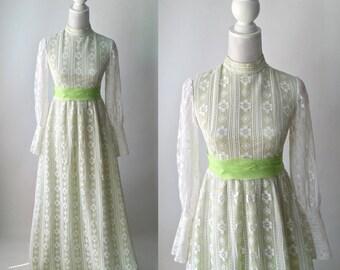 Vintage Dress, 1960s Dress, Retro Dress, White Lace Dress, Green Lace Dress, Green Vintage Dress, Lace Maxi Gown, 60s Boho Dress, Lace Boho