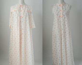Vintage Nightgown, Vintage Peignoir Set, Vintage Lace Nightgown, White Lace Robe, Pink Lace Nightgown, 1960 Peignoir Set, Retro Nightgown