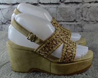 SALE - vintage 1970s Our Relatives Super Softy sandals - faux leather sandals - platform ribbon sandals - size 6.5M