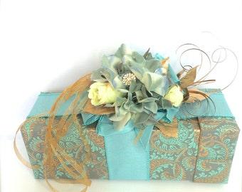 Wine Holders Christmas Wedding Box Elegant Pretty Bridal Shower Gift Idea, Bride and Groom, Champagne Holder, Wine holder, Pre-wrapped