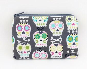 Skulls Coin Purse, Little Zipper Pouch, Padded, Small Gadget Case, Gift idea, Card Wallet, Gray