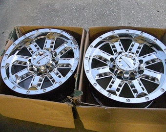 AWESOME Set of 4 Chevy or GMC Wheels