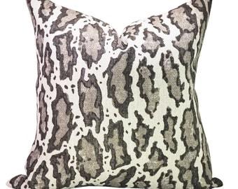 Gattopardo pillow cover in Siberiano