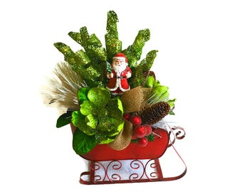 Rustic Santa Sleigh Centerpiece Holiday Table Decor Centerpiece Christmas Centerpiece Santa Decor Holiday Centerpiece Floral Arrangement