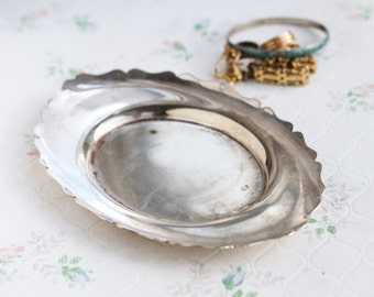 Silver Plated Ring Holder - Antique Small Tray - Jewelry Trinket Dish - EPNS Made in England