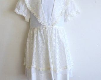 Darling 1950s/1960s Girls White Dress with Ivory Lace Overlay, First Communion, Flower Girl, Wedding