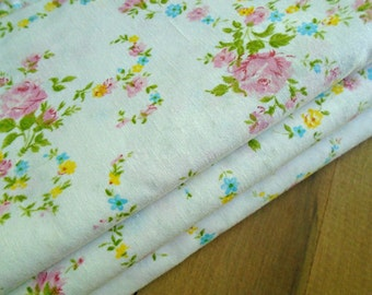 New Vintage Pink Rose Sheet / Vintage Floral Sheet / Sweet Girls Bedding / Twin Flat Sheet /Cottage Chic / Prairie Floral/ Cannon Monticello