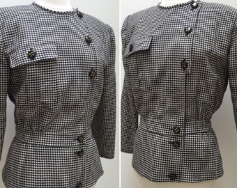Vintage Miss V Valentino Black and White 100% Lambswool Houndstooth Blazer Jacket with Fitted Waist and Great Button Detail