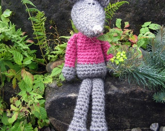 Midge - a hand crocheted mouse!
