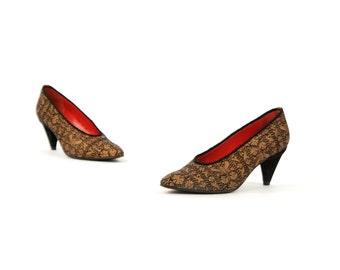 Vintage 1980's Oscar de la Renta Black + Gold Floral Brocade Fabric Regency High Heel Pumps Shoes 6