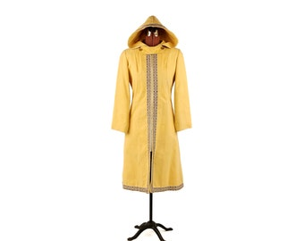 Vintage 1970's Pale Yellow Brushed Cotton Nordic Embroyerdy Trim Hooded Retro Coat Jacket S M