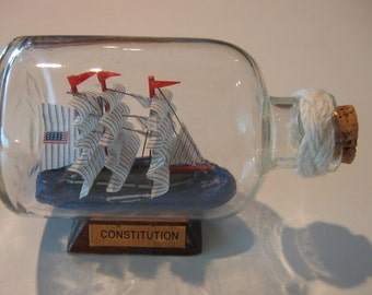 Ship in a Bottle- The USS CONSTITUTION Excellent with Turk's Head Macrame Detail