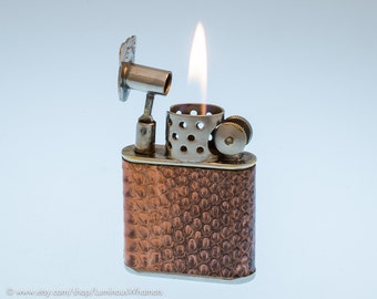 Working 1930s Britsh Orlik Sport Windproof Pocket Lighter with Snakeskin Covering