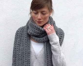 Chunky Infinity Grey scarf / Extra Long / Ines/ Wool