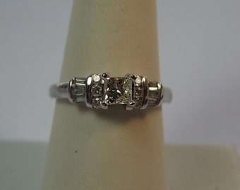 Diamond Ring 1.01Ctw Princess Cut Platinum 4.5gm Size 7.5 Engagement 2950.00 appraisal