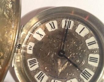Vintage molnija pocket watch