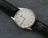 Vintage Pulsar quartz watch dress minimal mens womens watch