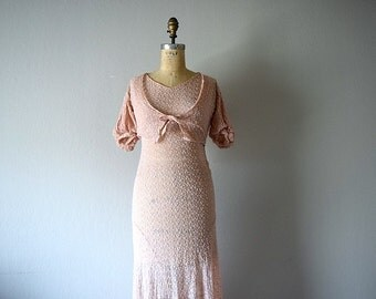 1930s dress . vintage 30s pink crepe gown