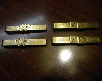 4 great shape never used CASINO GAMBLING playing CARDS and dice tie clip bar