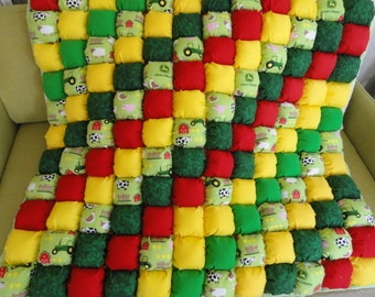 Bubble Quilt 42x42 Farm Theme for Tummy and Play Time by Karrirose