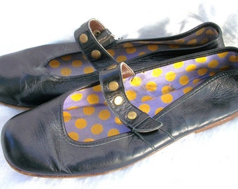 Mary Jane Flats ~ Black Leather ~ Magnin ~ Beautifully Studded ~ Vintage Shoes ~ Size 7 N ~ Ballet Style/ Dot Interior/Made in Italy