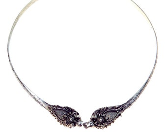 Kissing Dragons Silver Collar Necklace
