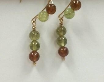 Roman Garnet earrings in Gold