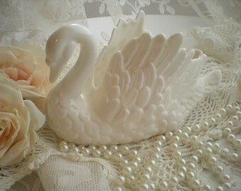 Cottage Shabby Chic Vintage Porcelain White Swan Planter From SincerelyRaven On Etsy