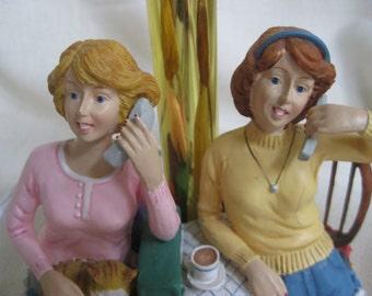 Vintage ULTRA KITSCH Sisters Lamp