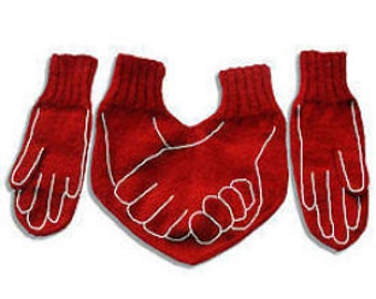 Valentines Day gift, Girlfriend gift, Heart mittens, love, red heart mittens, romantic gift for her, for him