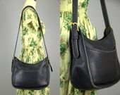 70s Coach Black Leather Large Crossbody Hobo Messenger Style Shoulder Purse