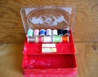Vintage sewing box. vintage sewing basket. cats. small sewing box. thread box.