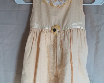 Little girls sz 6 pastel yellow sundress with ribbon accent